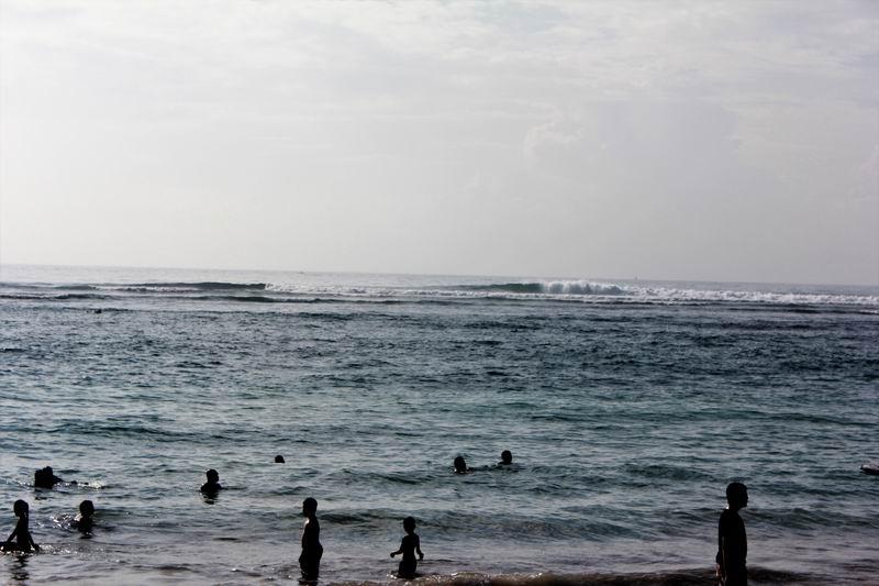波はこんな感じ、この日は風が入っていて少し面がバタついていました。