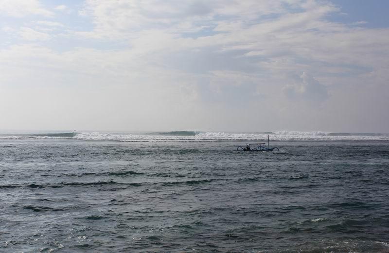 3本線のラインアップ素晴らしい波です。
