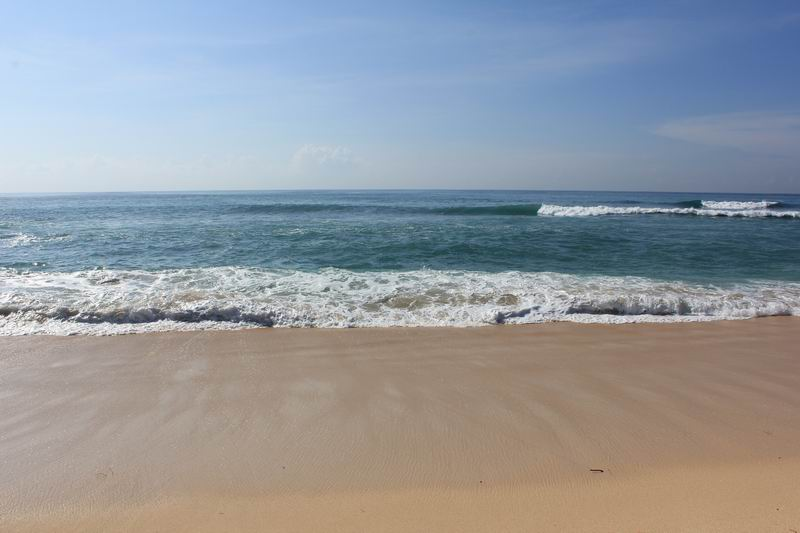 インサイドブレークは初心者にバッチリの波、ハイタイド前後に入りましょう。