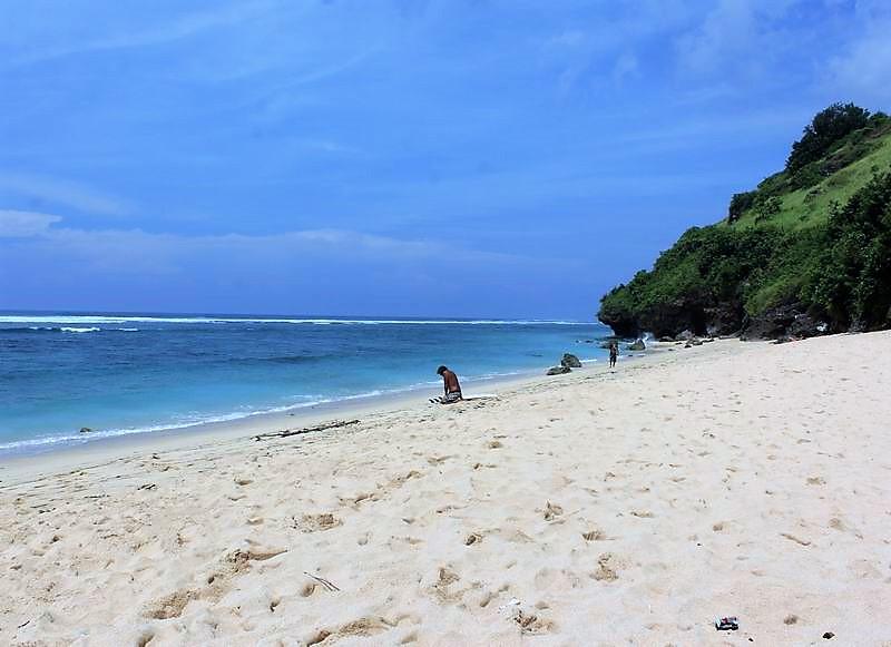 ビーチは人が少なくゴミもなく自然が沢山